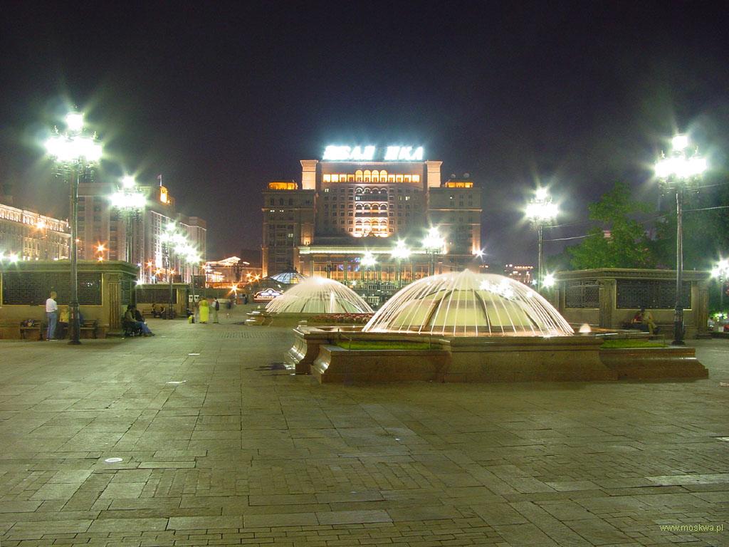 Вечерняя москва манежная площадь